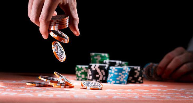 Jugar sin apostar con dinero real es una forma divertida de aprender Blackjack.