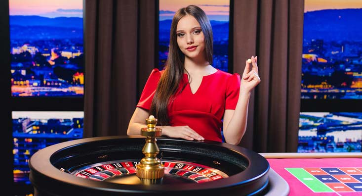 Vendedora de ruleta en vivo.