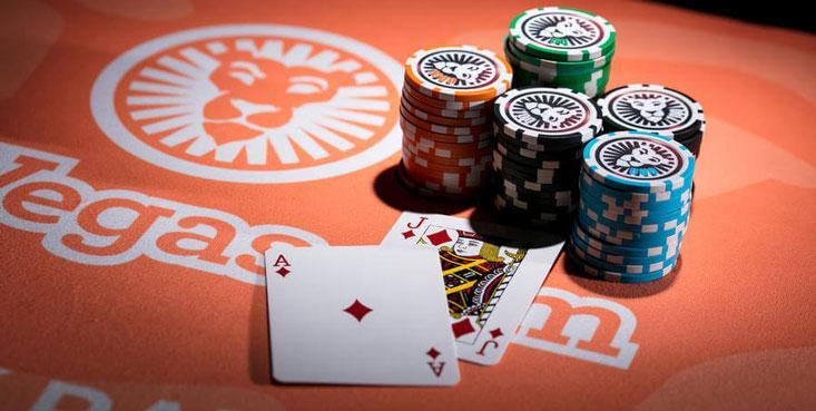 Comienza a jugar sin dinero para practicar tus habilidades en el Blackjack.